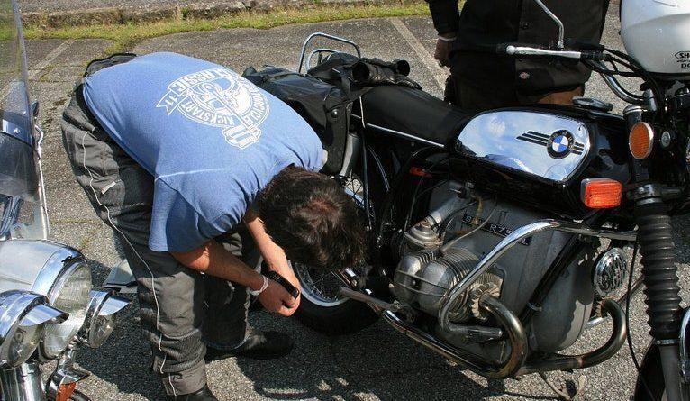 cuidados ao comprar moto classica
